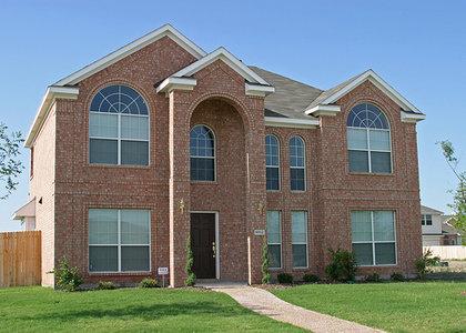 mcmansions-return-average-home-size-new-construction-census-bureau